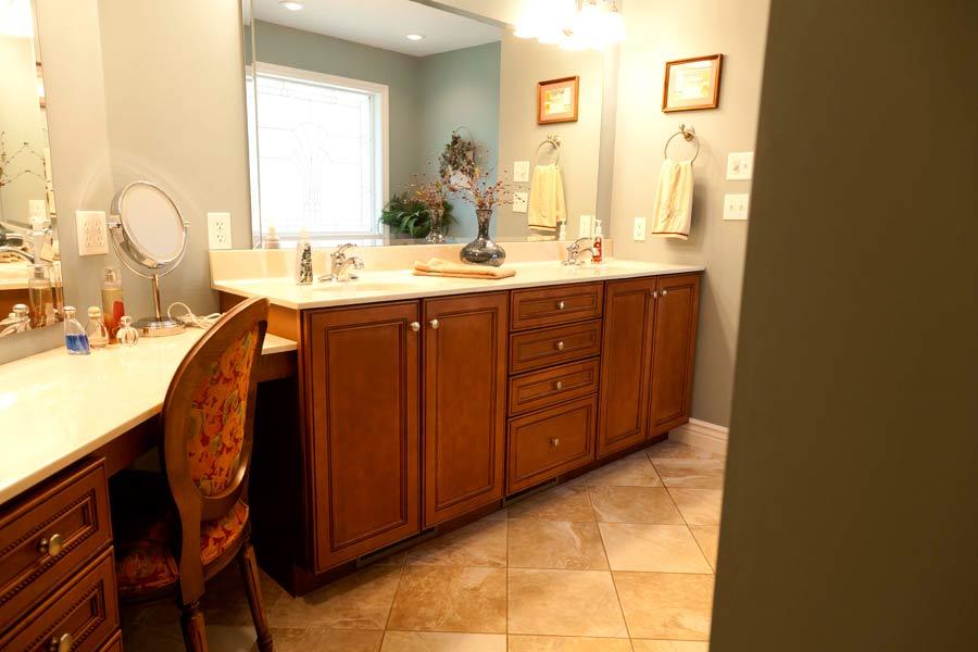 Bathroom 3 mettes cabinet corner for Bathroom cabinet 900 x 600