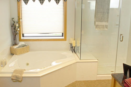 We Specialize In Custom Walk In Showers And Whirlpool Tubs. Our Walk In  Showers Have A Solid Culture Marble Base With Shower Wall Panels To Make  For A ...